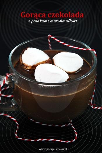 Gorąca czekolada z piankami marshmallows