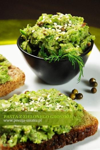 Pasta z zielonego groszku z zielonym pieprzem