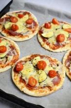 Pizzerinki na chlebkach pita