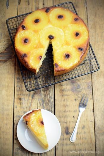 Odwracane ciasto ananasowe