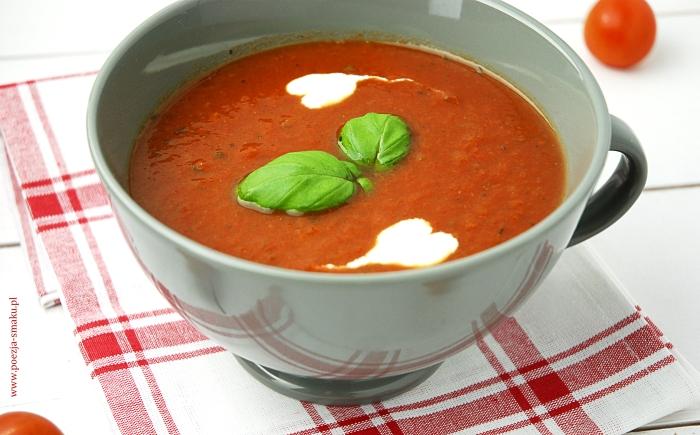 Zimowa zupa pomidorowa z passaty (przecieru)