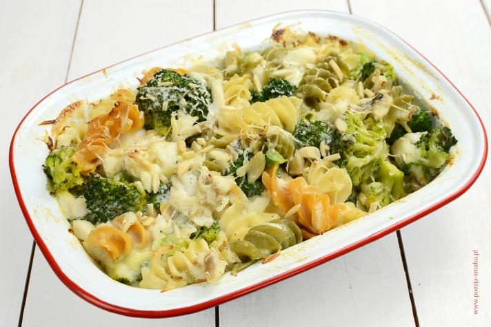 Zapiekanka z dorsza z brokułami (zapiekanka rybna)