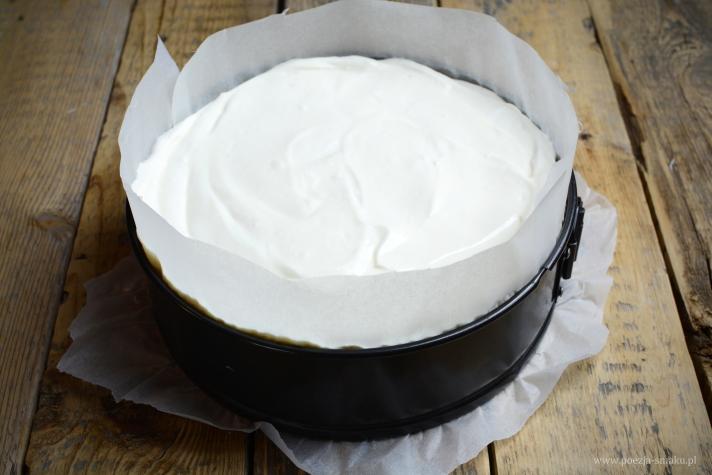 Oszukany sernik z jogurtów greckich