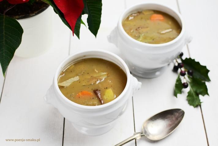 Zupa z suszonych borowików