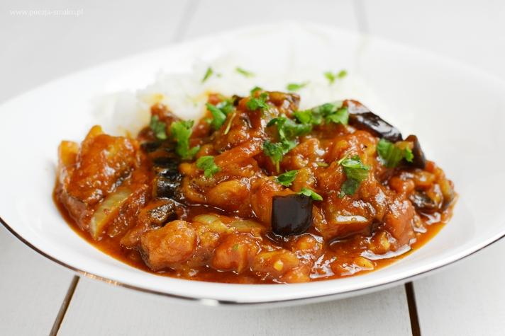 Bakłażany w pomidorowym sosie curry