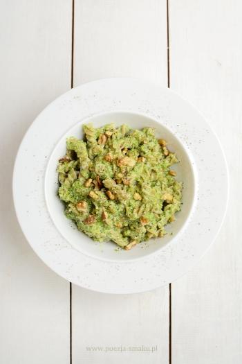 Makaron brokułowy z serem pleśniowym
