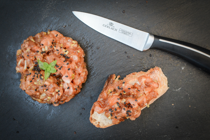Tatar z łososia - test noży Gerlach
