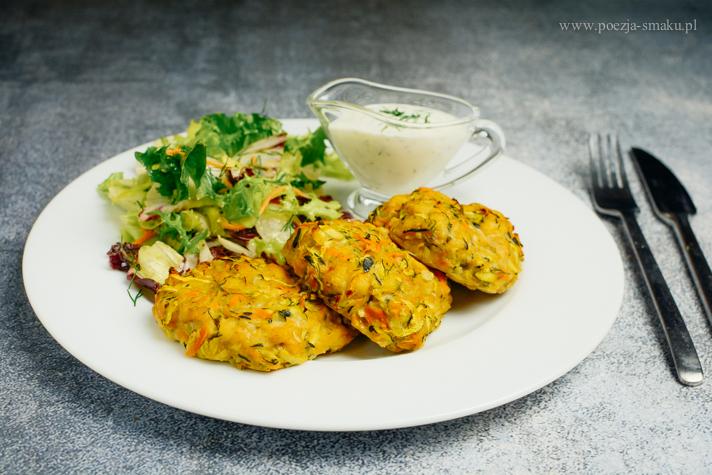 Pieczone kotlety drobiowe z warzywami (siekane)