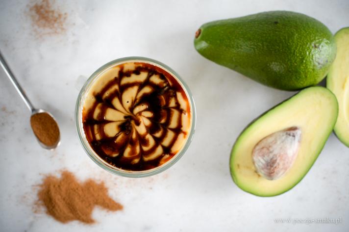 Kremowa kawa z awokado