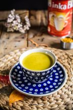 Kurkumowe cappuccino na przieziębienia - na złotym mleku