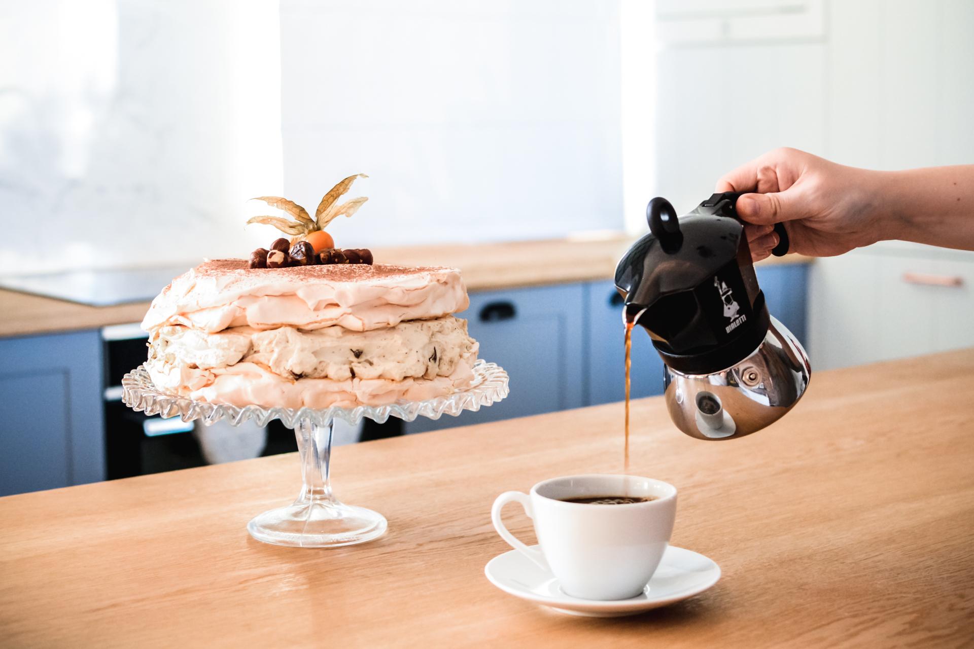 Idealna beza kawowa - z mieloną kawą