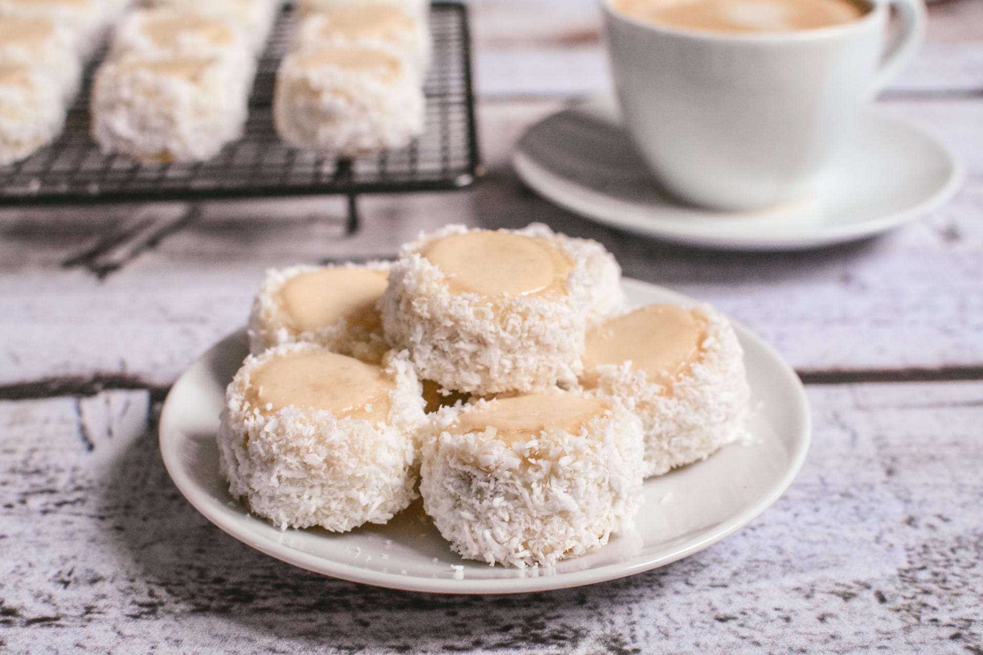 Ciastka warszawskie - z marmoladą i grysikiem