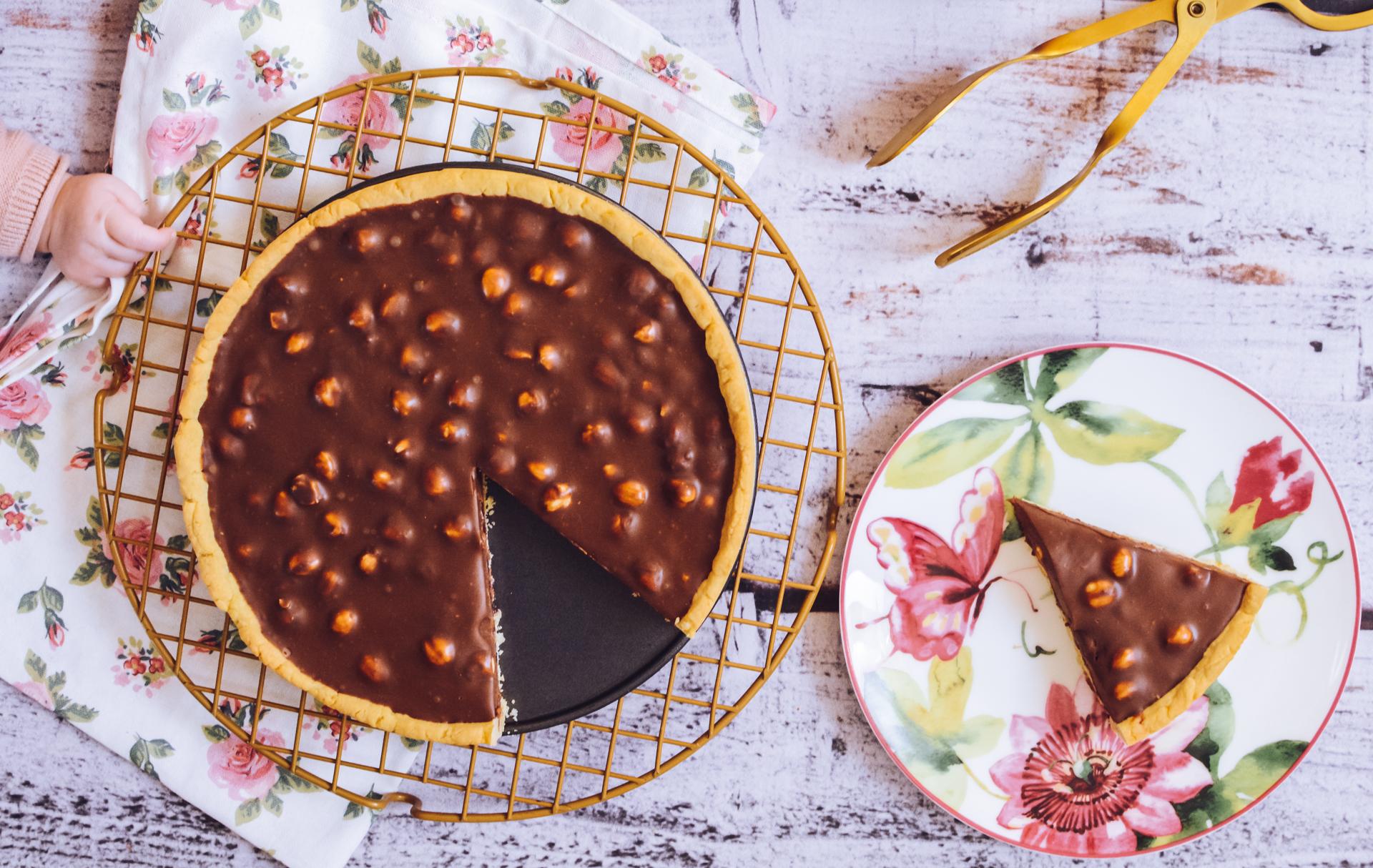 Czekoladowa tarta / mazurek z orzechami laskowymi 3