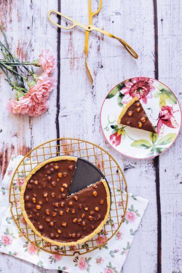 Czekoladowa tarta / mazurek z orzechami laskowymi 1