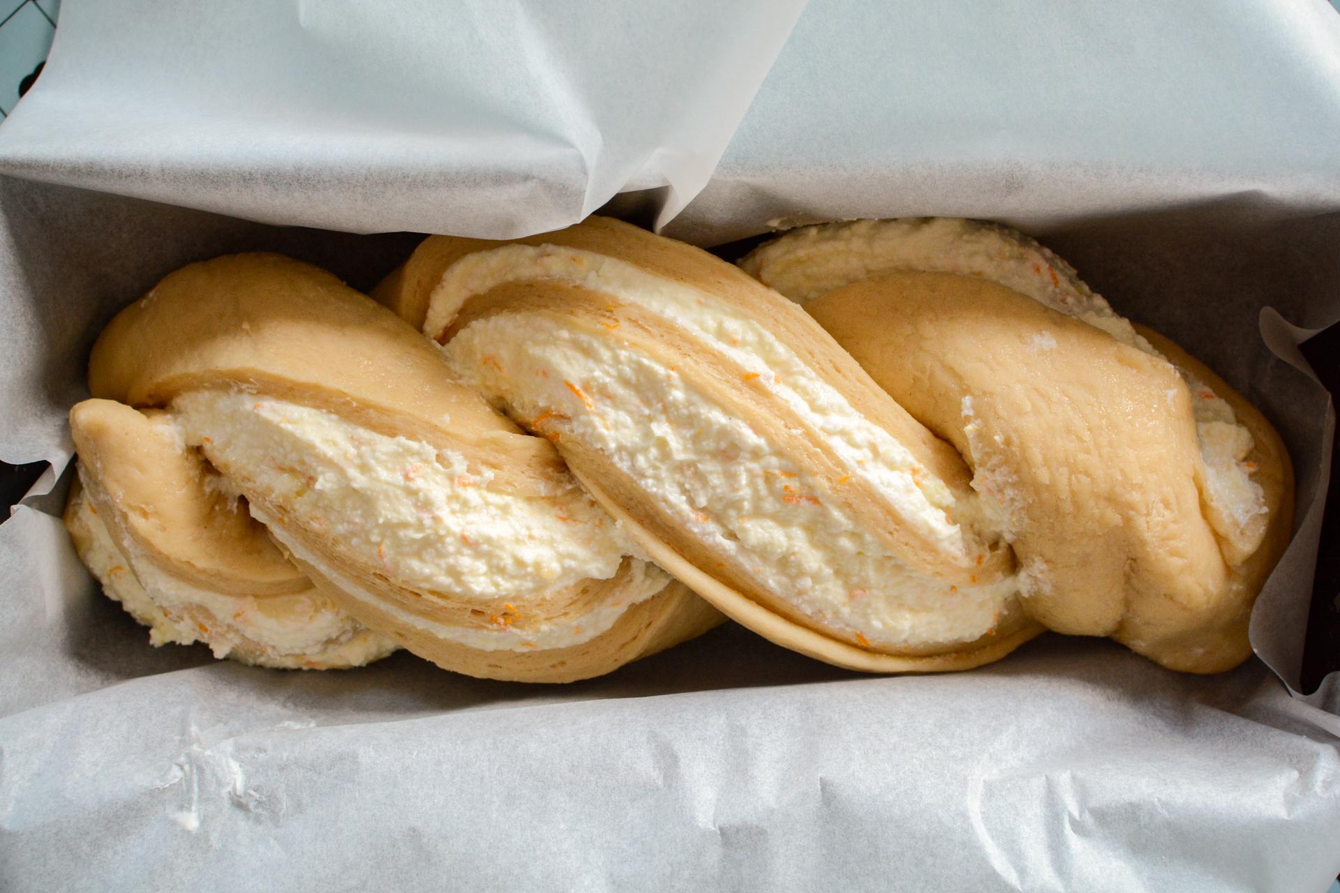 Drożdżówka z serem - strucla serowa 4