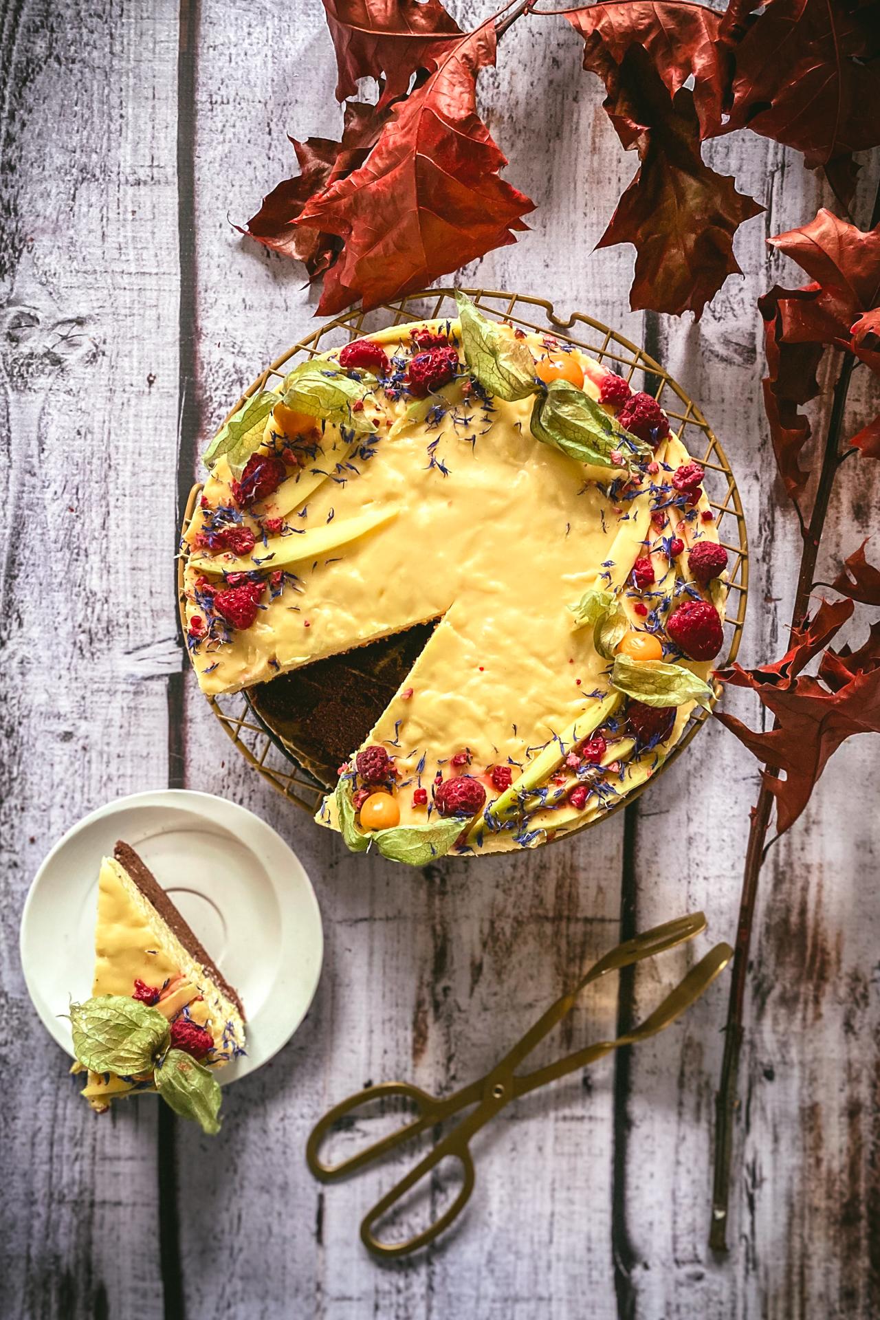 Ciasto musowe z mango i białą czekoladą - efektowne wow