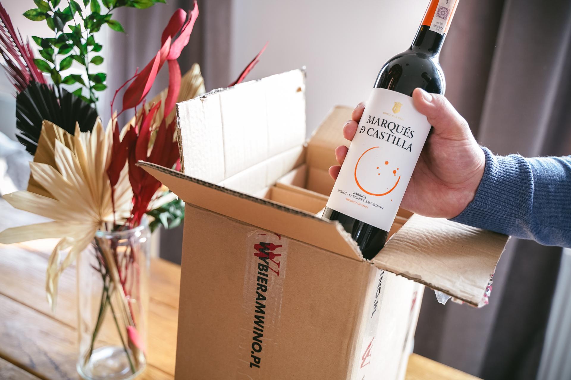 Kacze udka w czerwonym winie - wino
