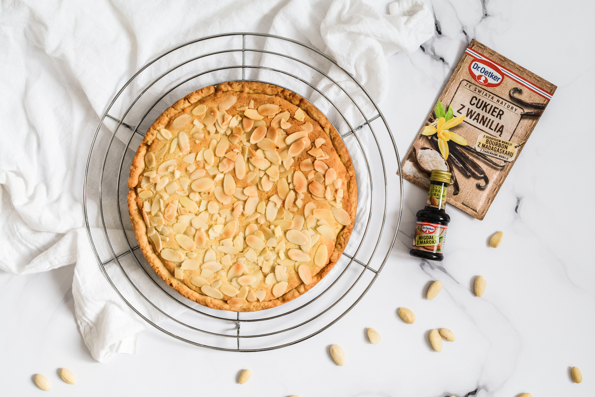Tarta Bakewell - migdałowy mazurek 2
